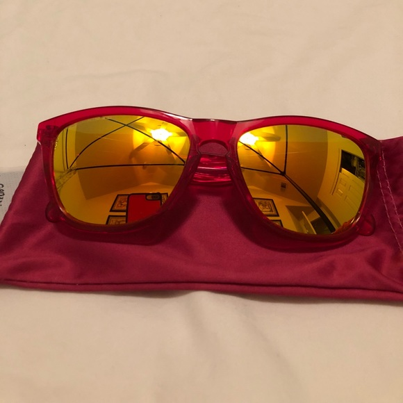 ee0d0478832 Oakley Mirrored Polarized Sunglasses